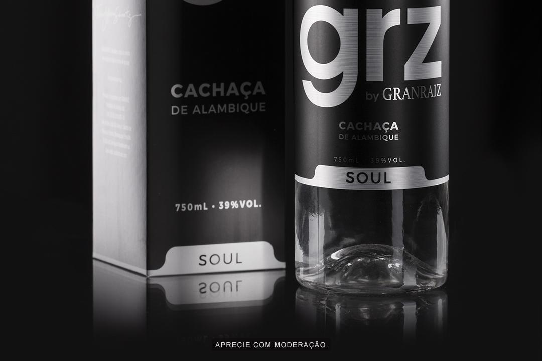 8 grz-soul-detalhe-garrafa-caixa
